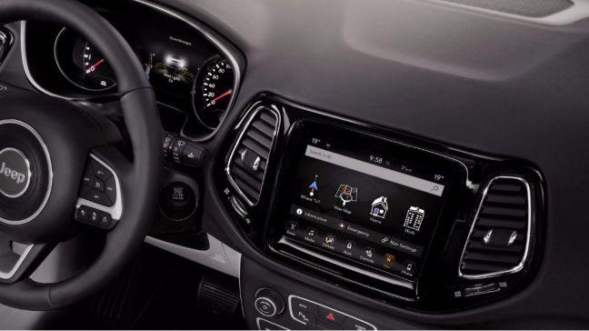 Seguridad avanzada y conectividad en el nuevo Jeep Compass