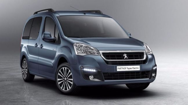 Peugeot Partner Tepee Electric, placer de conducir