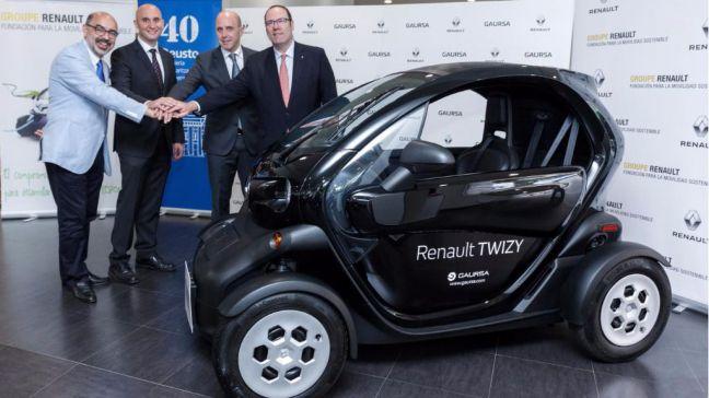 Renault hace entrega de un Twizy a la Universidad de Deusto